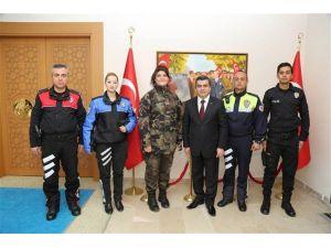 Vali Düzgün'den Polis Haftası'na buruk kutlama