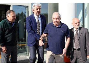 Fenerbahçeli Eski Futbolculardan Akhisar'a Övgüler