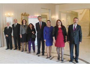 Bursa Barosu'ndan Avukatlar Günü Kokteyli