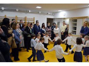 Macaristan'da Anaokulunun Spor Salonu Yenilendi