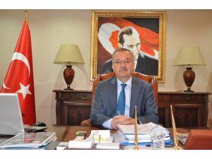 """Kars Valisi Günay Özdemir, """"Türk Polis Teşkilatı'mızın 171. Yıldönümünü Hep Birlikte Kutlamanın Gurur Ve Mutluluğunu Yaşıyoruz"""""""