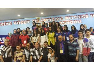 Ordulu Genç Kızlar Türkiye'nin En Güçlü Bileği Seçildi