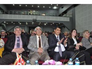 Azerbaycan Devlet Tiyatrosu Kars'ta'cumhuriyet'in İlk Sedası'nı Sahneledi