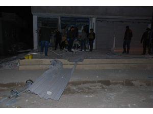 Batman'da Bir Alışveriş Mağazasına Bombalı Saldırı Düzenlendi