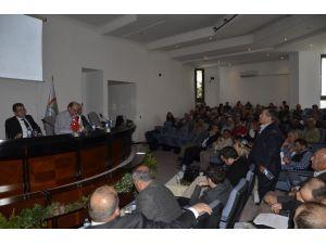 Menemen'de Üzüm Üreticilerinin Sorunları Tartışıldı