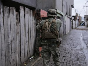 Tunceli ve Bitlis'te 2 terörist etkisiz hale getirildi