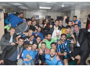 """Bb Erzurumspor Teknik Direktörü Yıldırım: """"Altın Değerinde Onurlu Üç Puan Kazandık"""""""
