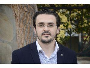 """Erkan Doğan: """"Sağlıkta Sosyal Medya Etkin Kullanılmalı"""""""