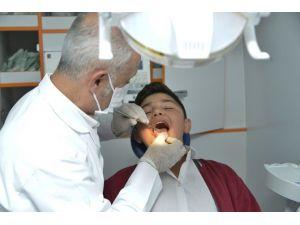 Gezici Diş Sağlığı Tarama Aracı İlçelerde