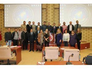 Kütahya'da 'Basınımızla Bilgileniyoruz' Konulu Eğitim Semineri