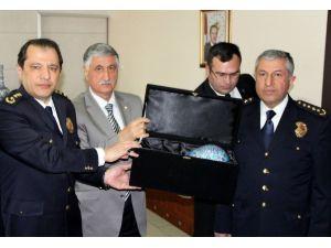 Şehit Polisler Mezarı Başında Anıldı