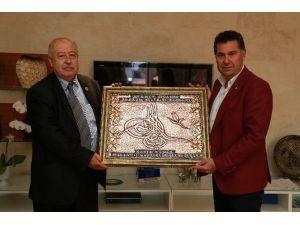 Muğla Muhtarlar Derneği Başkan Kocadon'u Ziyaret Etti