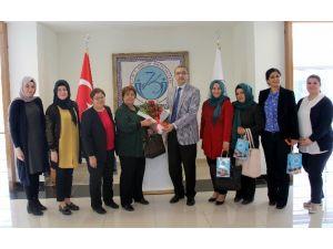 Kent Konseyi Kadın Meclisi Rektör Güvenç'i Ziyaret Etti