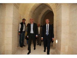 Antep'in Kurtuluş Mağaralarını Gezdiler