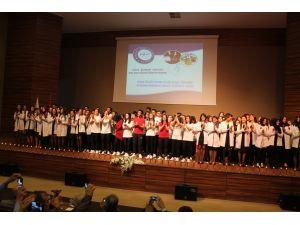 NNYÜ öğrencileri beyaz önlük giydi