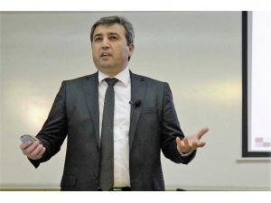 """SAÜ'de """"Mühendislik Kariyerinde Sözleşme Yönetimi"""" Konferansı Gerçekleşti"""
