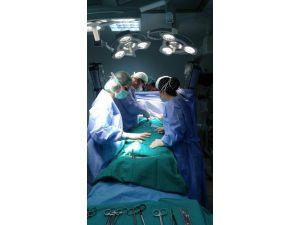 Aksaray Devlet Hastanesi'nde İlk Bypass Ameliyatı Yapıldı