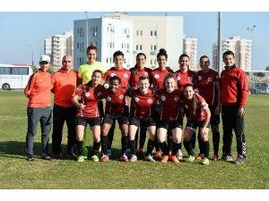 Muratpaşa'dan 1207 Antalya Kadın Futbol Takımı Açıklaması