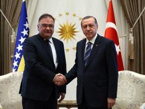Cumhurbaşkanı Erdoğan, İvaniç ile bir araya geldi