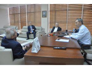Başkan Uysal ekmek zammının ardından esnaf odası ve fırıncılarla bir araya geldi