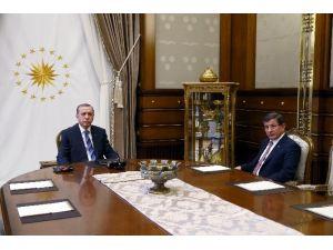 Cumhurbaşkanı Erdoğan, Başbakan Davutoğlu'nu Kabul Etti