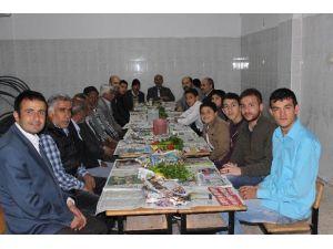 Tevhid Camii'nde Toplu İftar Etkinliği