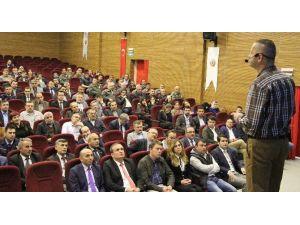 """Vezirköprü'de """"İletişim"""" Konferansı"""