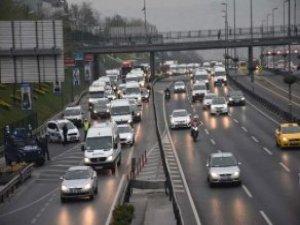 E-5'te Şüpheli Paket Alarmı; FSM'de İntihar Girişimi! Trafik Durma Noktasında