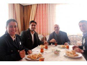 Sarıkamış'ta Emekli Emniyet Mensuplarına Vefa Ziyareti