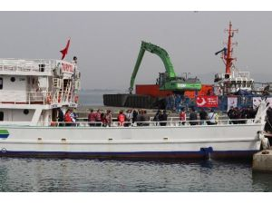 Pakistanlı 45 Mülteci Dikili Limanında