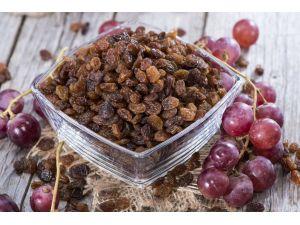 Öğrencilere 'kuru üzüm' dağıtımı başladı