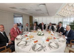 Başkan Yaşar: Türkiye'nin üretmekten başka şansı yok