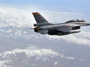 Tunceli, Hakkari ve Kandil'de PKK'ya ait mevziler imha edildi
