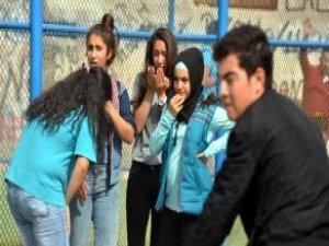 Okulda Futbol Maçı Kanlı Bitti! 1 Öğrenci Göğsünden Bıçaklandı
