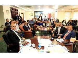 CHP Genel Başkan Yardımcılarından Başkan Karalar'a Ziyaret