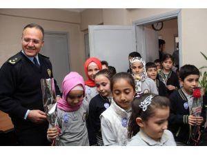 Karabekir Öğrencileri Emniyet Müdürü Kuruçay'ı Ziyaret Etti