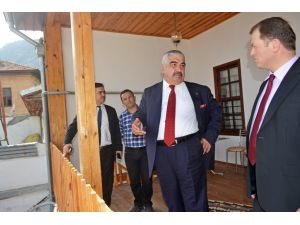 Kozan'daki tarihi konak ÇKA'nın örnek projesi oluyor