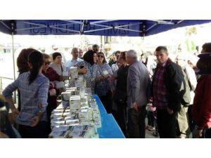 İzmit Belediyesi 4 Bin Adet Kandil Simidi Dağıttı