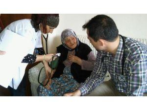 Yaşlılar Sağlık Taramasından Geçirildi