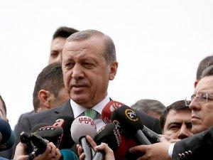 Cumhurbaşkanı Erdoğan: Allah bu tiplerden Türk demokrasisini korusun