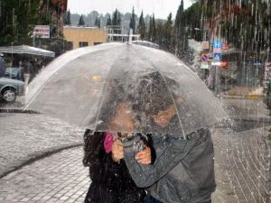 Yağışlı Hava Geliyor, Hava Sıcaklıkları Azalıyor