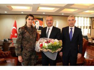 Kars Valisi Özdemir, emniyet mensuplarını kabul etti