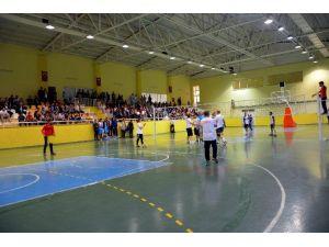 Ceylanpınar'da Şehit Polisler Anısına Voleybol Turnuvası