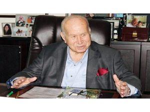 İş Adamı Özhan Pak Hayatını Kaybetti