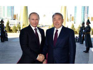 Nazarbayev ve Putin ikinci kez görüştü