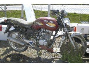 Çalıntı Motosiklet Derede Bulundu
