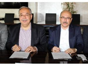 Suriye Ve Bayırbucak Türkmenleri'ne Yardım İçin Protokol İmzalandı