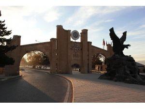 Atatürk Üniversitesi Ailesine İki Yeni Üye Daha Katıldı