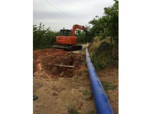 Akçakoca'da Su Boruları Yenileniyor, Depolar Temizleniyor