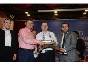 AK Parti'li Gençlerden Coşkulu Danışma Kurulu